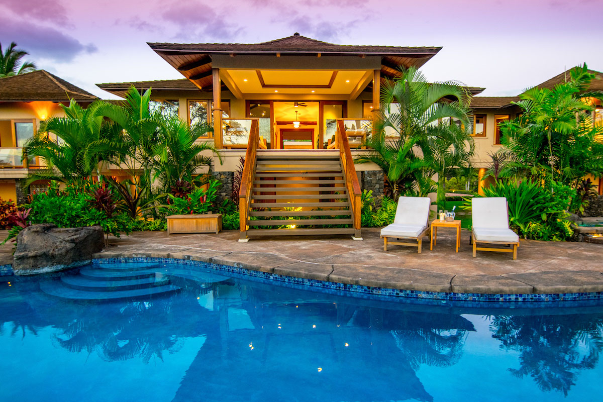 Maui S Most Luxurious Swimming Pools